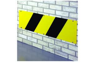 Protectie metalica perete